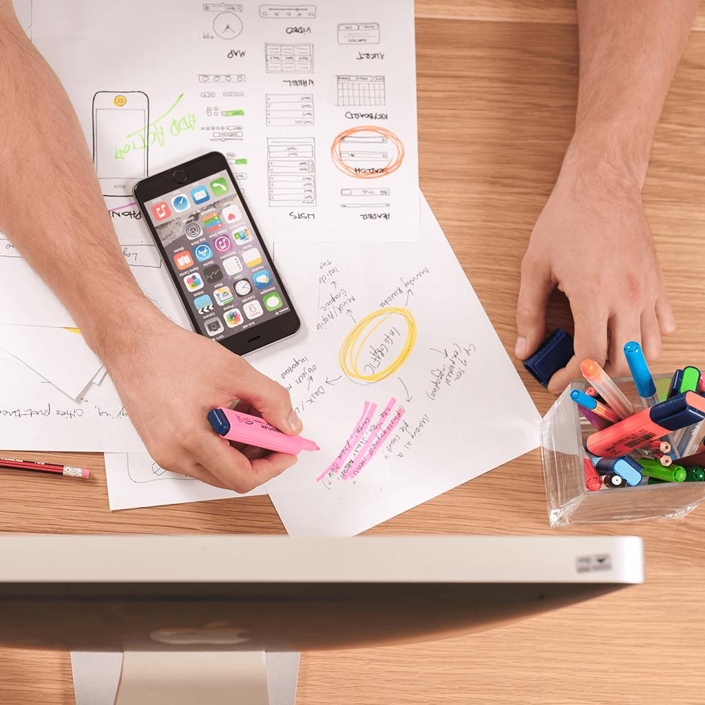 Consultoría de negocio y estrategia de marketing